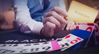 Spela black jack och få stora vinster hos NordicBet Casino!