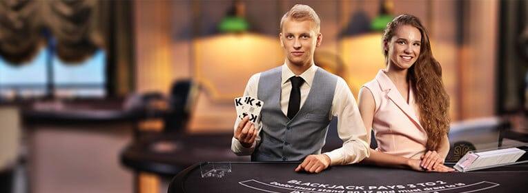 Betsson live casino med black jack, roulette och lyckohjul